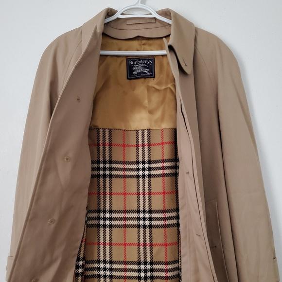 6cbdd70e8d0d Burberry Other - Vintage Burberry   Trench Coat   Size 48 Reg   EUC